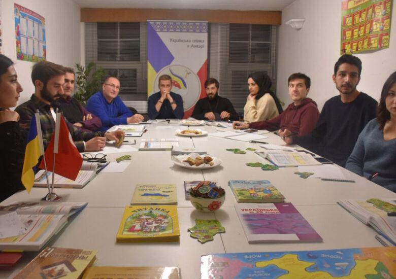 Ukrayna Derneği Ukraynaca eğitiminde öncü olmaya devam ediyor